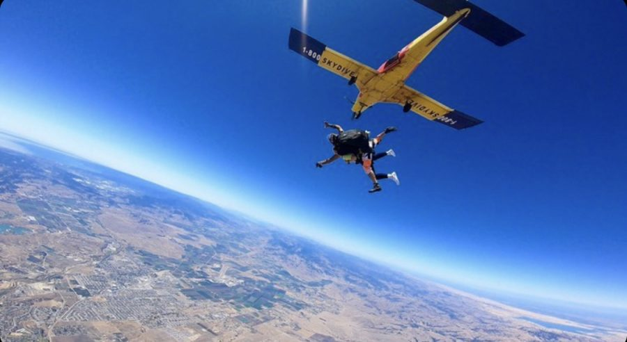 Soaring+High%3A+Madi+Bonfigt%27s+Skydiving+Adventure