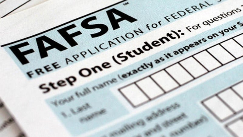 FAFSA Open Lab Nights for Seniors